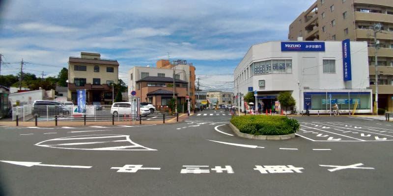 東青梅駅前ロータリー