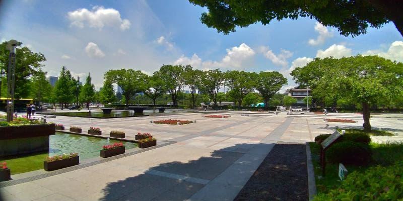 のっぺりした印象の和田倉噴水公園