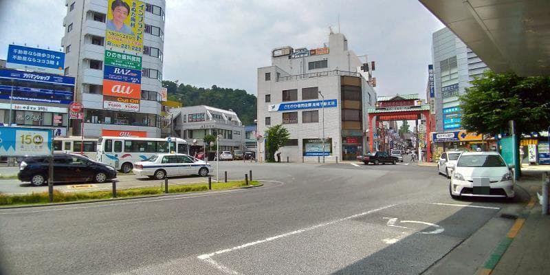 高幡不動駅前の様子